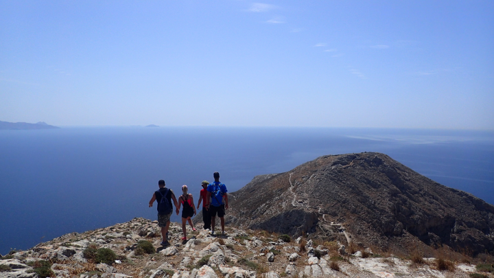 Hike to the summit of the island 1